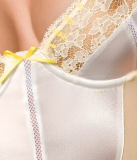 Corinne_Body_Detail